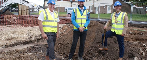 Low energy homes start on site